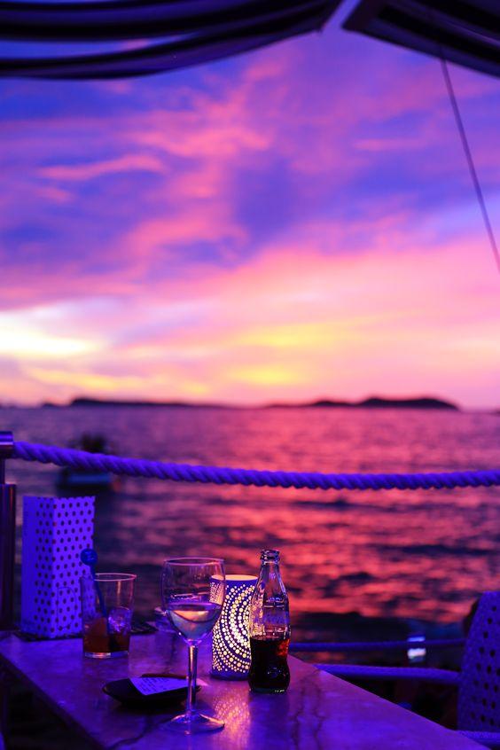 mer_depuis_un_bar