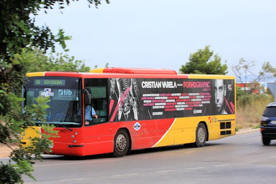 Un bus à Ibiza