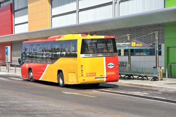 Autobus à l'aéroport