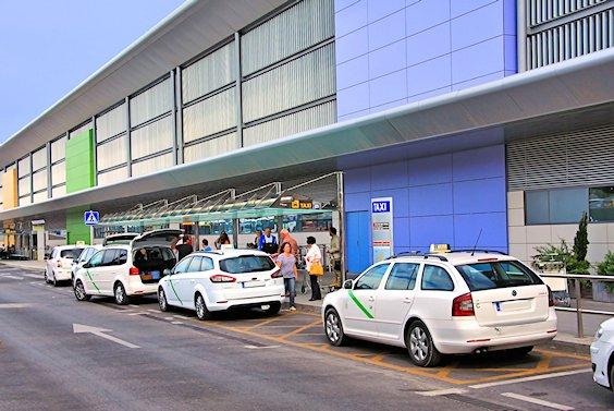 taxi aéroport d'Ibiza
