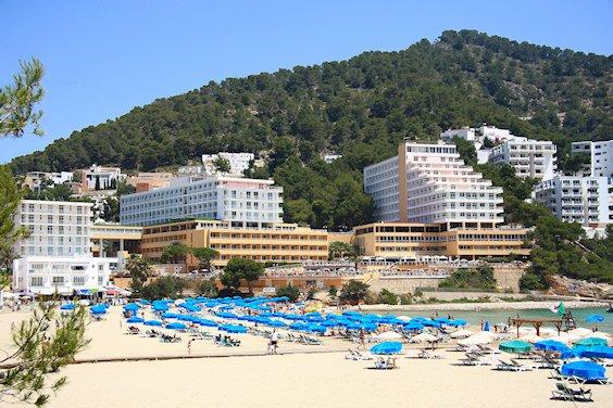 hotels_cala_llonga